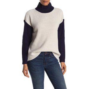 Devotion By Cyrus Tan Blue Knit Sweater - X Large